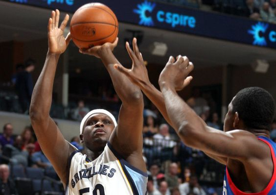 Grizzlies to move Zach Randolph to bench role = Memphis Grizzlies' head coach David Fizdale said on Wednesday that he is planning to bring power forward Zach Randolph off the bench this season.  Randolph played 11 minutes in a reserve role in the Grizzlies' first.....