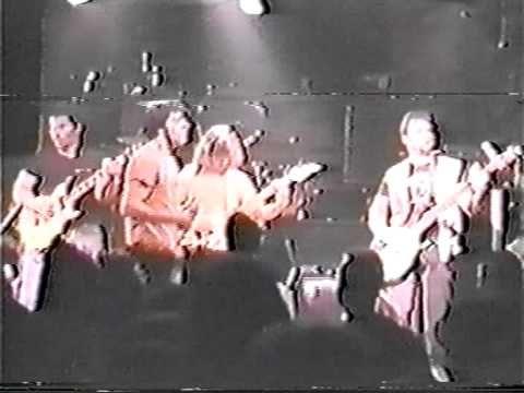 Crumbsuckers - CBGB's 27.04.86 - YouTube