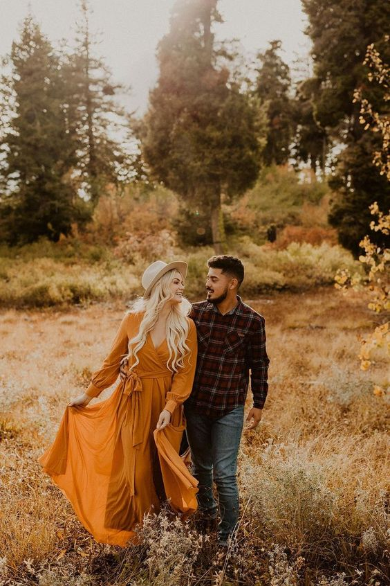 Bogus Basin Fall Engagements | Engagement Outfit Inspiration | 