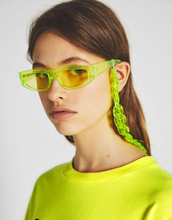 Set gafas de sol y cadena Bershka + PANTONE - Accesorios - Bershka España