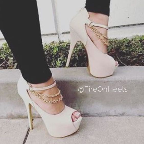 Top 7 Classy Women Heels Demanding Every Attention Daily ...