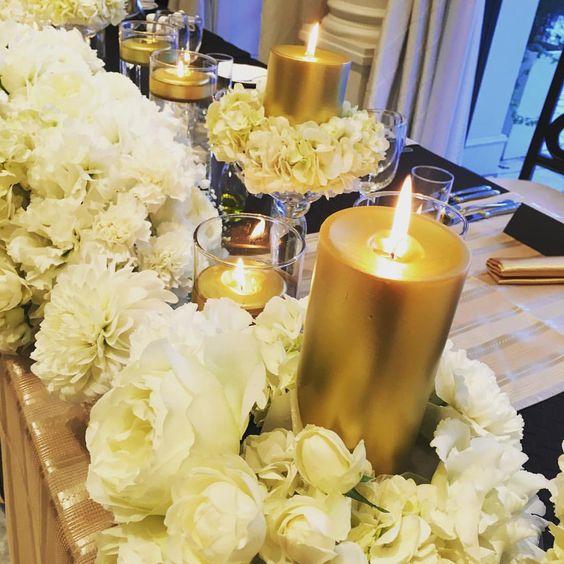 Black and gold  スタイリッシュな空間を(♡´艸`) #black #gold #flower#arthentia #wedding #weddingparty