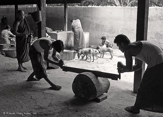 'In the Buddha's Kitchen'. © RicardMN Photography.  Amarapura, Myanmar