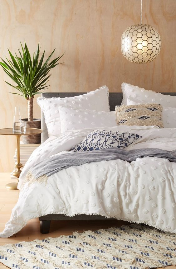 white shabby chic duvet cover