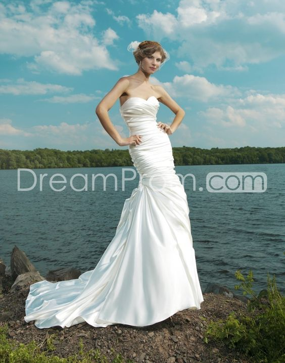 Gorgeous Trumpet/Mermaid Sweetheart Sleeveless Floor-Length Chapel Ruched Wedding Dresses