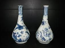 persian vase blue & white - Google Search