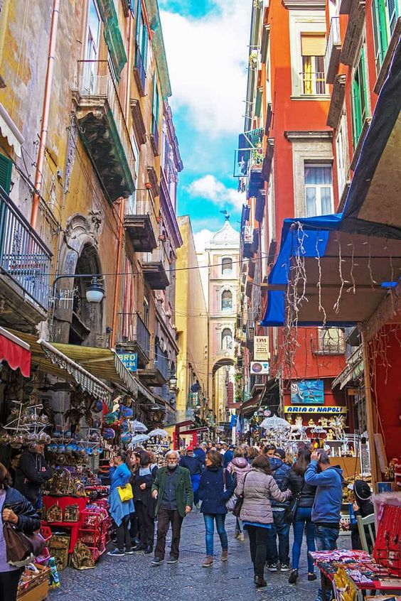 Naples Christmas Alley - Via San Gregorio Armeno - Travelling Dany