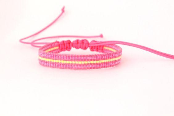Neon pink macrame beadloom