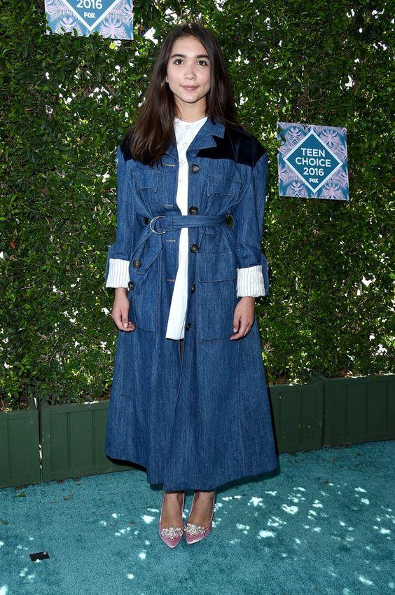 Pin for Later: Seht alle Stars auf dem roten Teppich der Teen Choice Awards Rowan Blanchard in Miu Miu