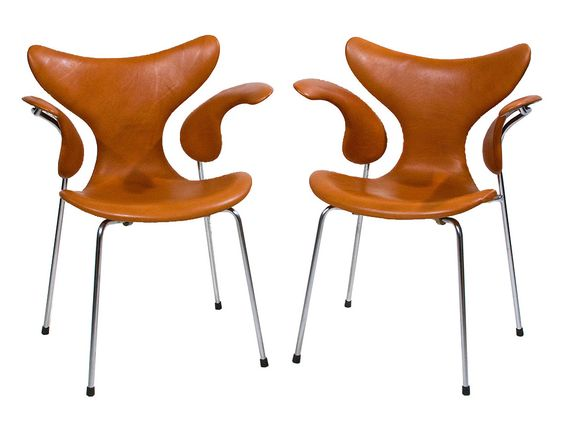 Seagull chairs mod. 3208 Design Arne Jacobsen 1969-70 Made by Fritz Hansen Eft. Denmark