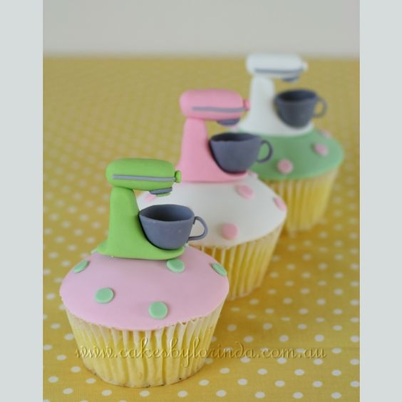 wow, would be happy to get these cupcakes - so me!