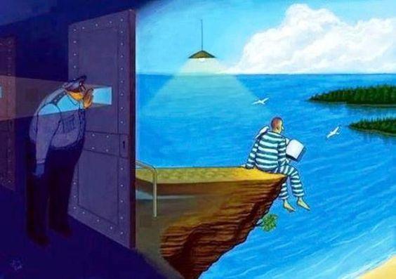 A prisão não são as grades, e a liberdade não é a rua; existem homens presos na rua e livres na prisão. É uma questão de consciência.  Gandhi