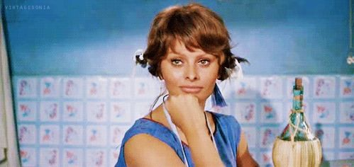 36 gifs que resumem todo o charme de Sophia Loren