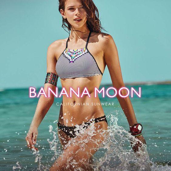bikini-banana-moon-2016