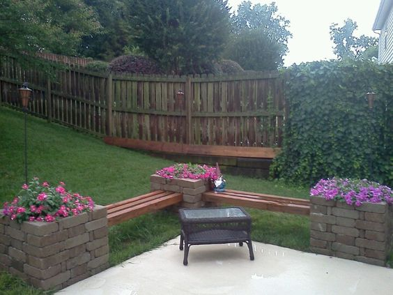 Planters benches and at home on pinterest for Flower bench ideas