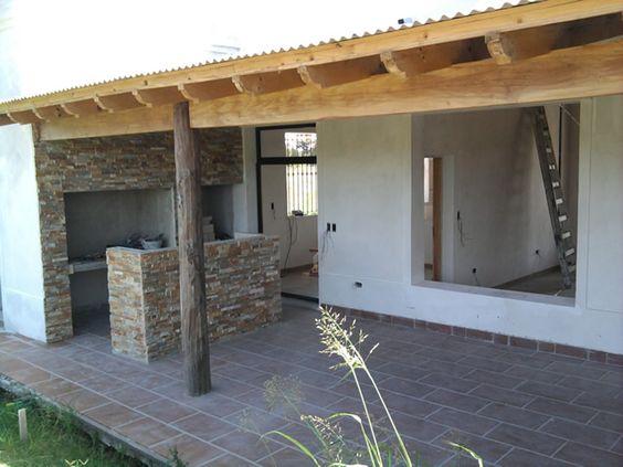 Casas de campo con techo de chapa buscar con google for Techos de tejas para patios exteriores