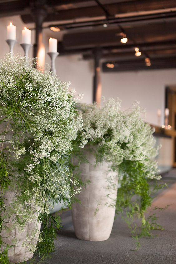White Green Wedding Reception Made By Thousands Of Tiny Flowers Gypsophila Andel S