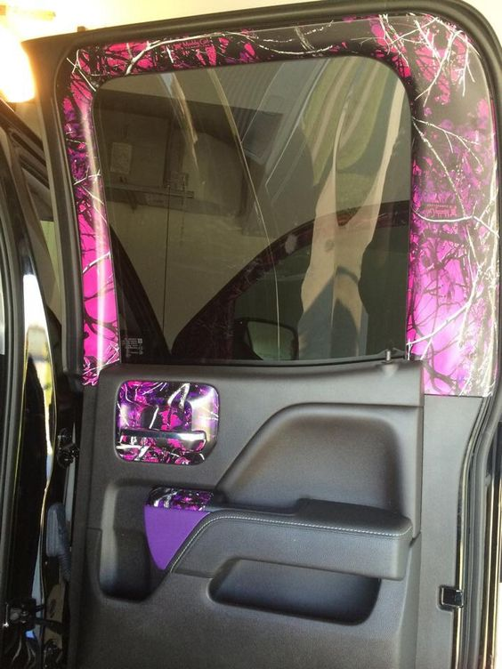 muddy girl camo truck accesories pinterest girls door panels and this is awesome. Black Bedroom Furniture Sets. Home Design Ideas