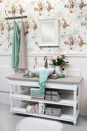 Love the idea of making old shelves/buffet I I a vanity :-)