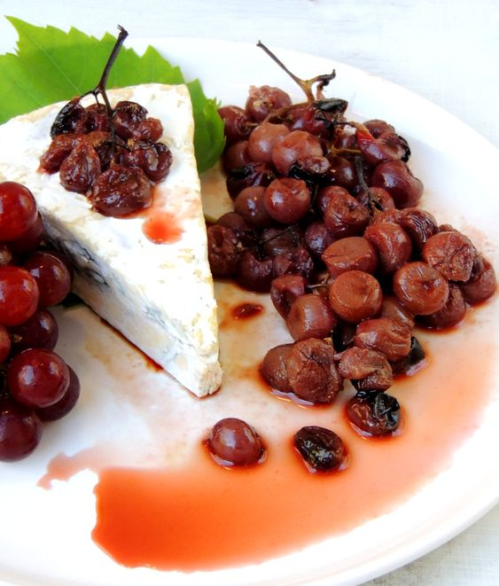 Oven-Roasted Grapes with Blue Camembert, and frozen grapes as a snack ...