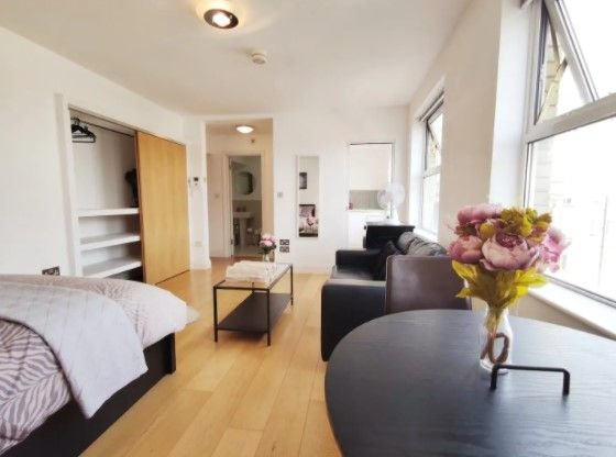 Central Modern Soho Apartment P1 Apartments For Rent In Greater London Cheap Apartments In London Central London Apartments Rent In London Cheap bedroom apartments for rent