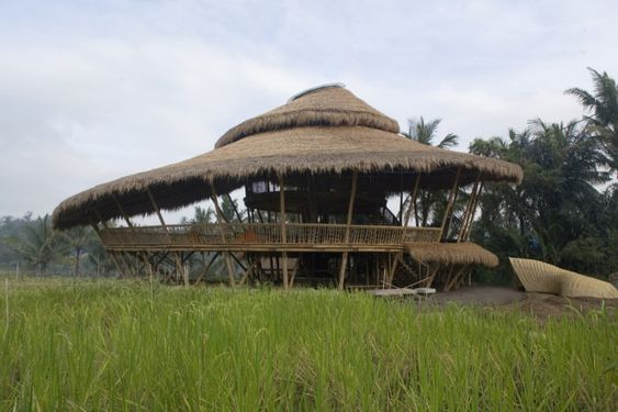 The Green School – PT Bambu  Wow: