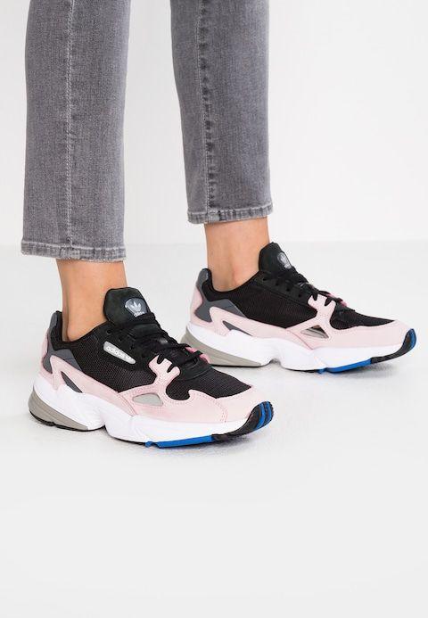 adidas Originals FALCON - Sneakers basse - core black/light ...