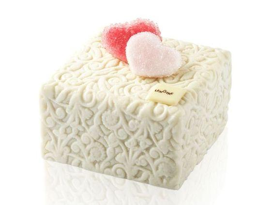 Saint Valentin 2015. Cube des amoureux - Lenôtre