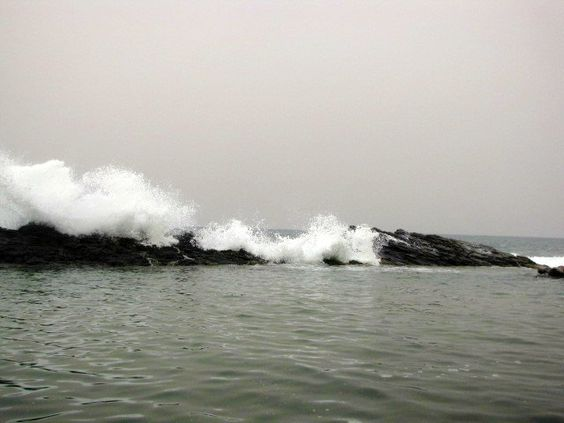 Waves crashing on the rocks in Ballito