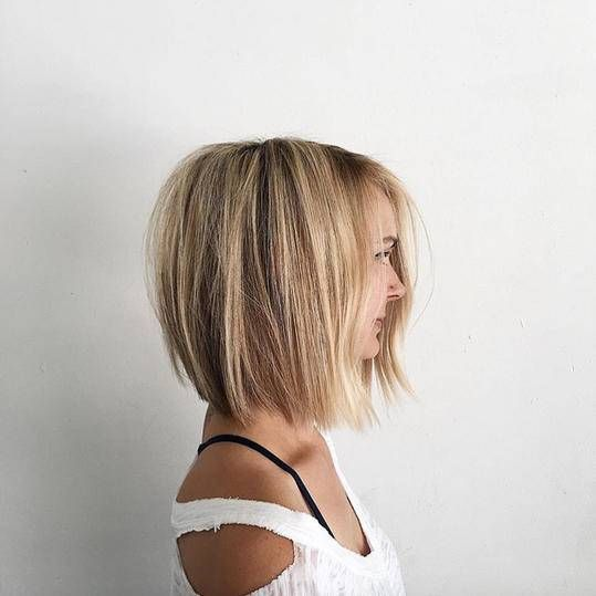 One Length Haircuts That Ll Convince You To Ditch Those Layers Long Bob Hairstyles One Length Haircuts Bobs Haircuts