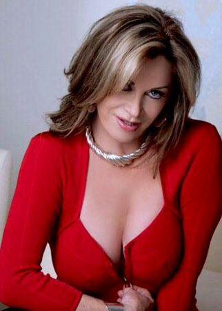 erotic nsw cougar escort Victoria