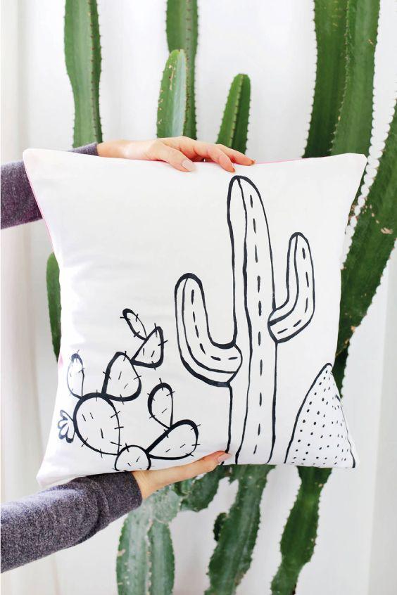 DIY: Decora con cojines cactus