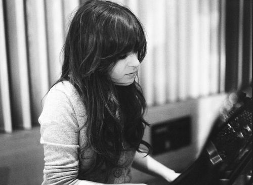 Zooey Deschanel. my most favoritest picture of her hair. describes exactly how i want mine. except blonde.