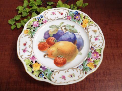 VTG-Dresden-Fine-Art-Placa-do-bolo-patas-w-fruit-perfurada-e-design-floral-9-de-largura