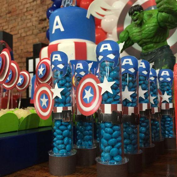 Decoração infantil- Capitão América- Vingadores- avengers- dica de decoração- aniversário vingadores- como decorar a festa do seu filho- idéias de convites-blog gosto tanto: