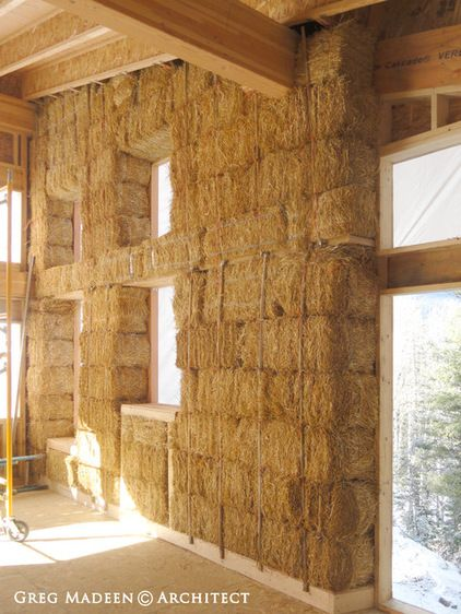 It's a natural material -- Another major appeal of strawbale is that it's not manufactured in a factory. Being a natural material, it doesn't contain toxic products and, even once rendered, is more 'breathable' than other building materials.