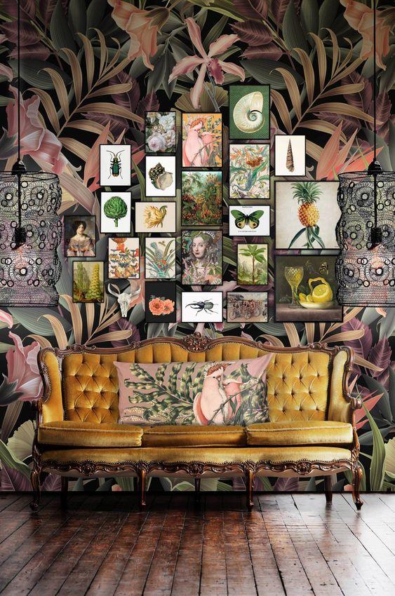 Desain interior maksimalisme - warna dinding gelap
