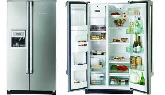 I frigoriferi all'americana si caratterizzano per la grande capienza di frigo e congelatore, dal dispenser per acqua e ghiaccio e dal fatto che entrambi i vani, congelatore e frigorifero siano affiancati in verticale. Una scelta consigliabile se avete lo spazio per ospitarli. http://www.arredamento.it/frigoriferi-americani.asp #frigoriferoallamericana #frigorifero #americana