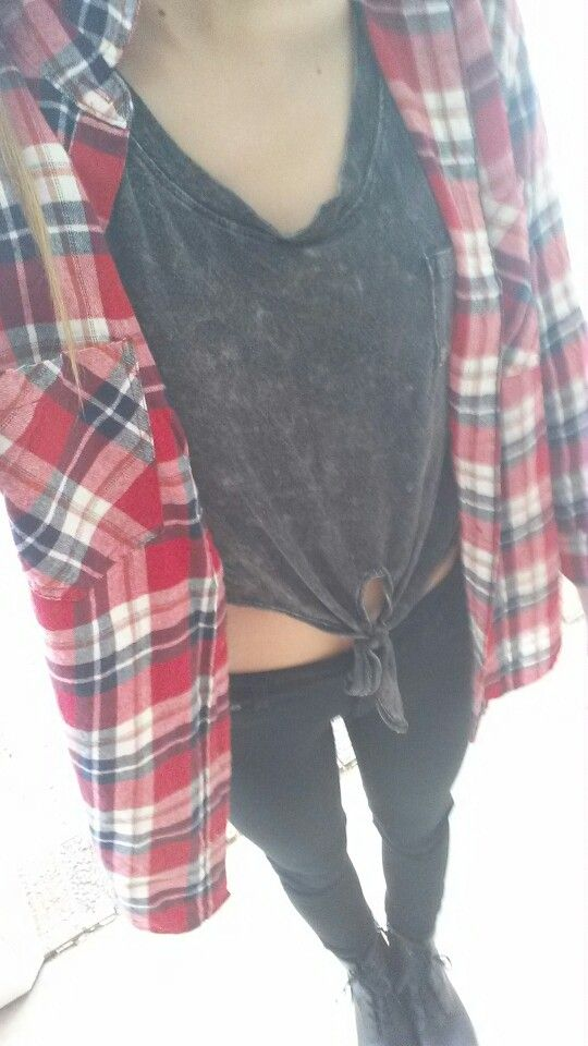My ootd Shirt: pacsun Leggings: idk :P Flannel: forever 21 P.s. I look weird in this pic Xoxo~ kyra