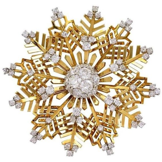 Van Cleef Arpels Diamond and Gold Snowflake Brooch ❤ liked on Polyvore featuring jewelry, brooches, snowflake brooch, 18k gold jewellery, gold diamond jewelry, 80s jewelry and yellow gold jewelry