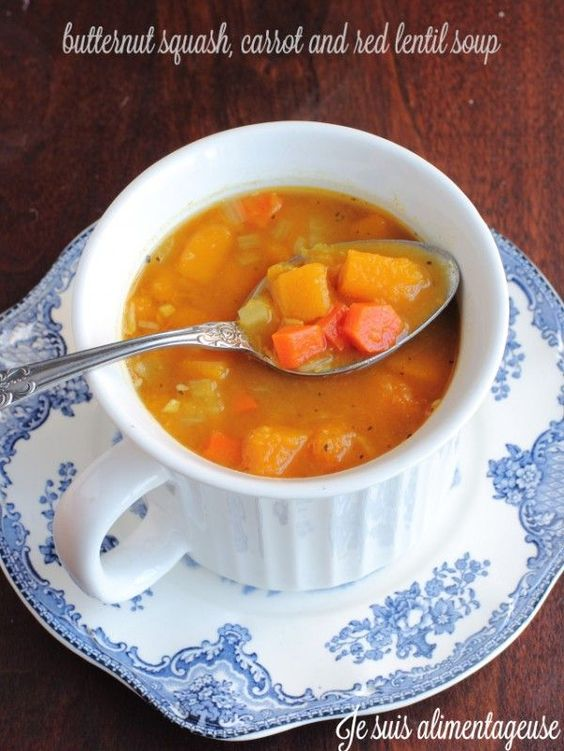 Butternut Squash, Carrot and Red Lentil Soup - Great for warming the bellies with veggie goodness | alimentageuse.com #glutenfree #vegan #butternut