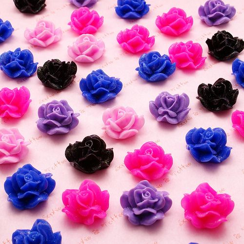 Beautiful Roses Cabochons | por Sophie & Toffee