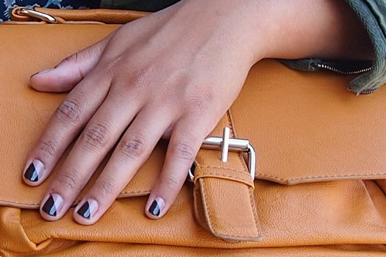 I couldn't decide if I wanted 'lady like' or 'carry on' so I went with both. #essie #nails #manicure