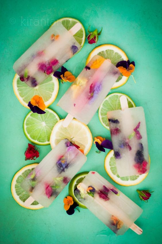 Citrus #Margarita Spring #Popsicle with edible #flowers. Spring has sprung with these boozy pops | KiranTarun.com