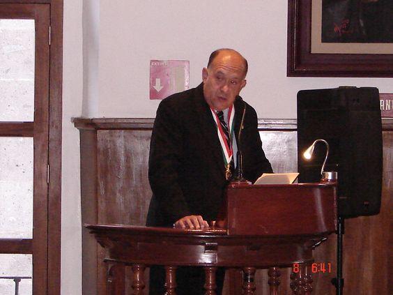 """Estimados Amigos.- Por este medio compartimos con Ustedes algunas imágenes de la Mesa Redonda """"Las Leyes de Reforma"""", celebrada el pasado miércoles 8 de octubre de 2014 a las 18:00 horas en el Gran Salón """"Libertador Miguel Hidalgo"""" de nuestra sede histórica."""
