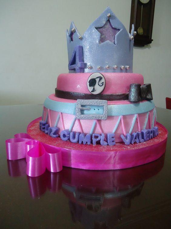 Pastel de barbie princesa fiesta pinterest barbie y for Decoracion de tortas espejo