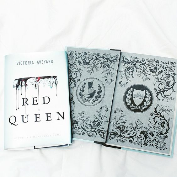 I want to read Red Queen so badly!