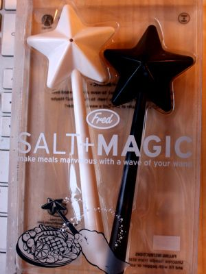 Salt and pepper magic wand