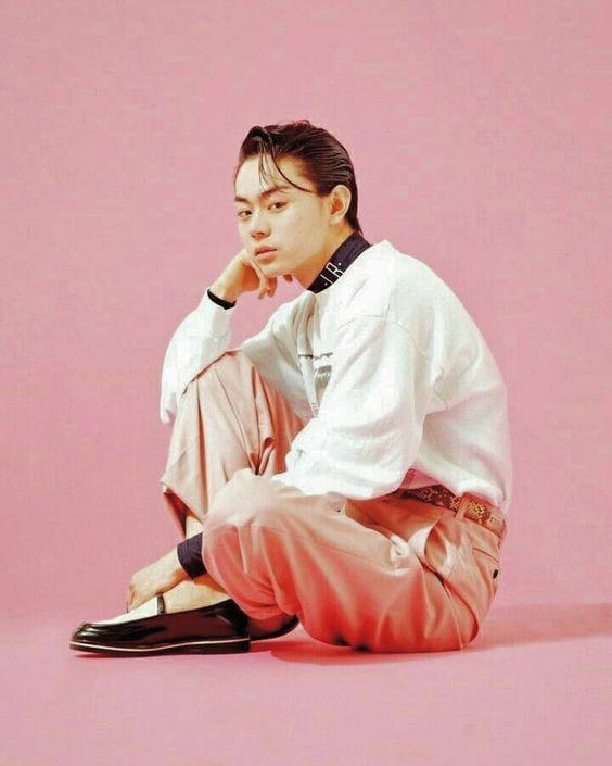 オールバックスタイルの菅田将暉の最新画像