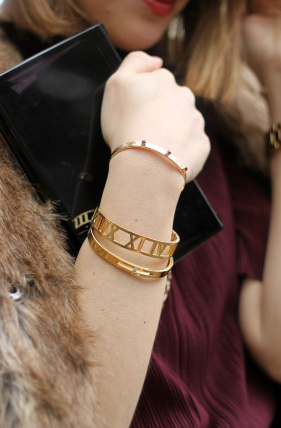 Roman Empress Bangle and Floating Crystal Bangle from @thepeachbox